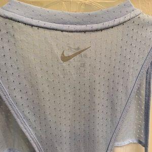 Nike Tops - Women's Nike blue tank size small